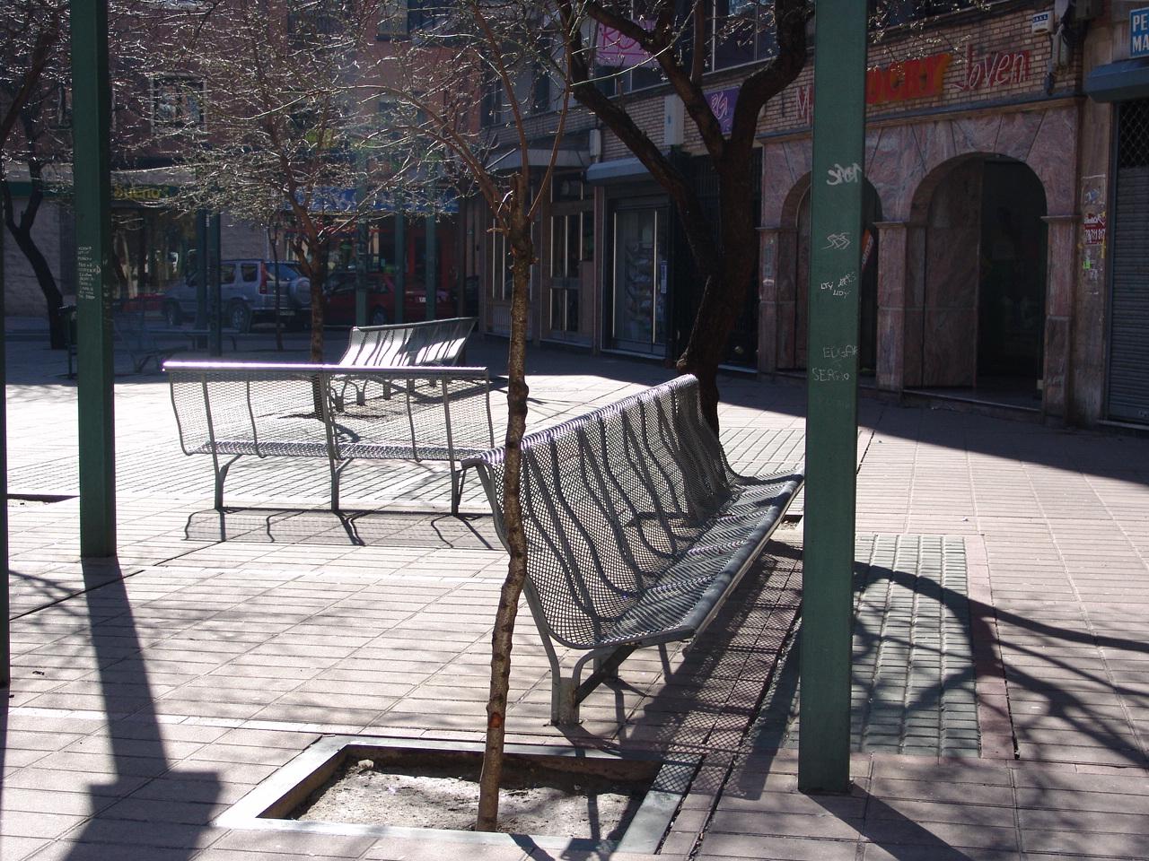 Juluis-mobiliario-urbano-04